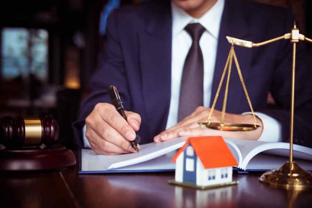 עורך דין ביטול עיקולים